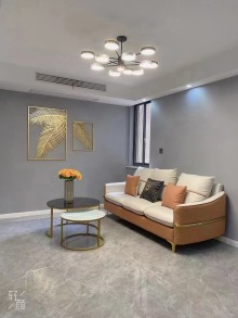 (华南)滨河凤凰城4室2厅2卫159.8万126m²出售