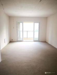 (开发区)吾悦华府3室2厅2卫166.8万132m²出售