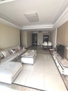 (东门)万善上院3室2厅1卫2800元/月120m²出租
