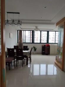 (西门)江南人家3室2厅2卫103.8万130m²精装修出售 拎包入住 飞机户型 独库13平停车方便