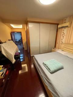 (开发区)一手,金鼎城市花园15楼3室2厅2卫133m²精装修无税136.8万