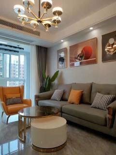 (开发区)一手,嘉荟新城5楼2室2厅1卫85m²豪华装修无税69.8万